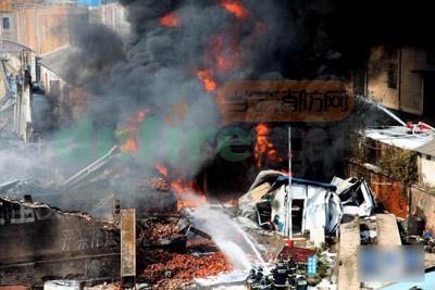 化工厂_武汉市一化工厂爆炸起火 化工厂火灾预防与处置办法-当宁消防网